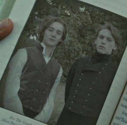 A picture of Albus Dumbeldore and Grindenwald